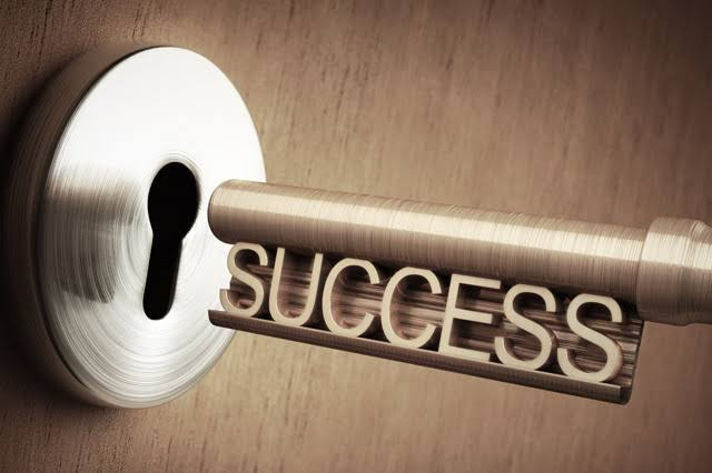 SUCCESSと書かれた鍵