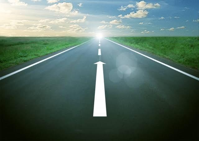 直線道路と矢印