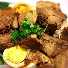 Steamed Pork Leg on Rice