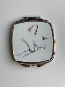 Compact Cat Mirror