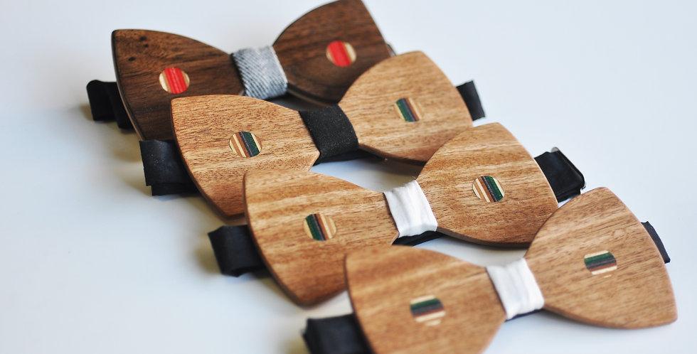 Noeuds papillon en bois & skateboard recyclé