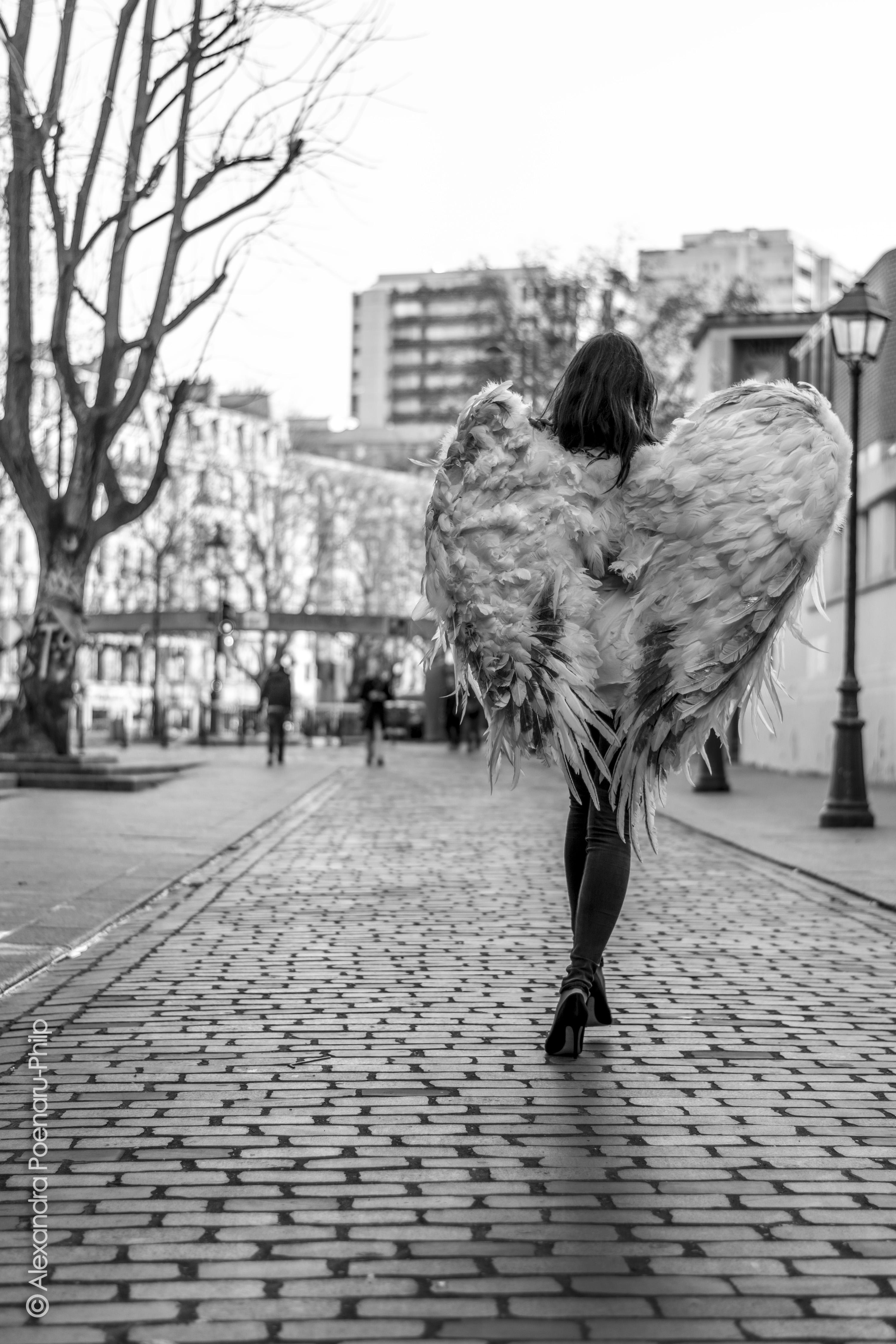 """""""Un Ange à Paris"""" - 2"""