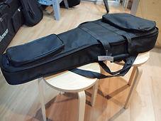 Утепленный мягкий гитарный чехол