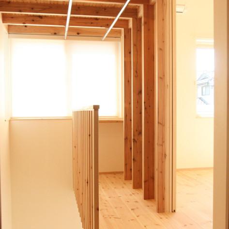 階段室兼サンルーム