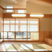 居間と縁側と回廊