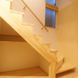 階段下のトイプー犬部屋