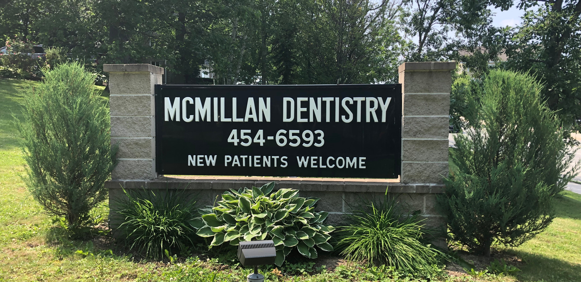 Clinic Sign - Front Lawn