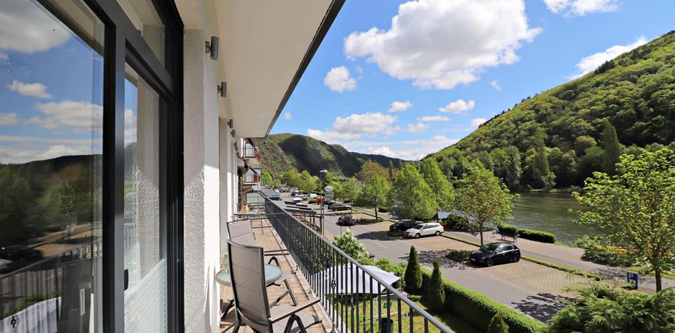 HausMosel_Ferienwohnung3_Balkon2.jpg