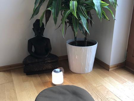 5 Podcast zum Thema Meditation, die ich hören würde!