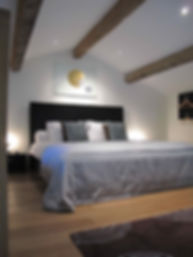 Bois Blanc, Charente, Gite, Cottage, Barn, old stone buildings, villa, 5 star, accomodation, self catering, Charente Maritime, Charente, Nouvelle Aquitaine, Cognac, vines, sunflowers, markets, walking, holidays, family, clean, modern, covid-19, couples, retreat, cycling, modern interiors, design, chic, pool,