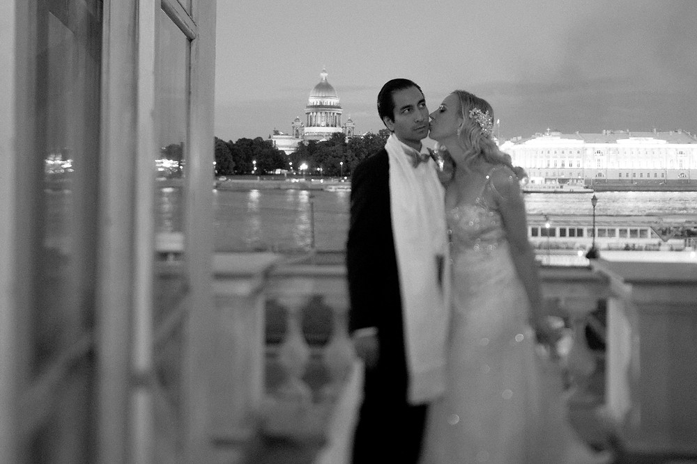Luxury elopement in Saint Petersburg Russia by Dream Weddings Europe wedding planners