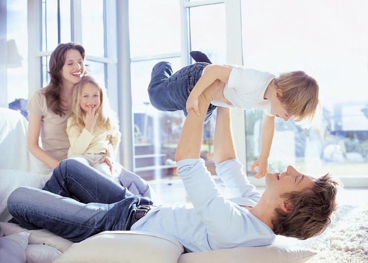 1 ACE FAMILIE.jpg