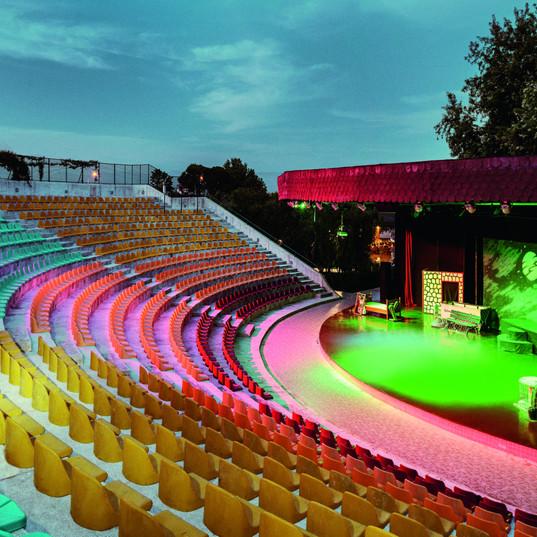 2_Theater (3).jpg
