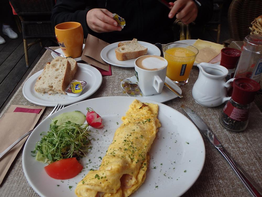 Breakfast in Brussels!!