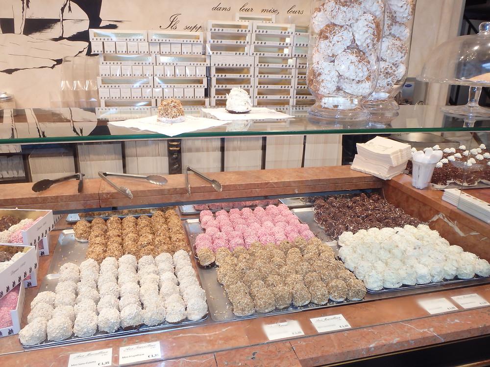 mmmmm.... meringues!!!