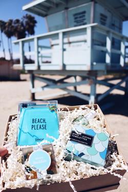 Custom gift box beach days