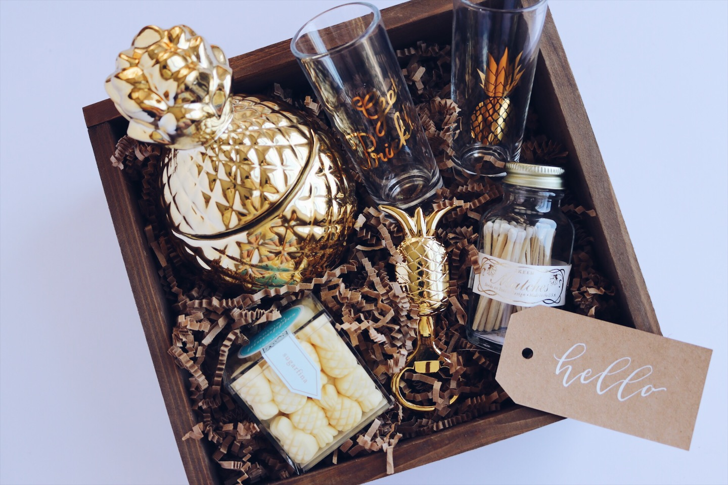 Hello pineapple gift box