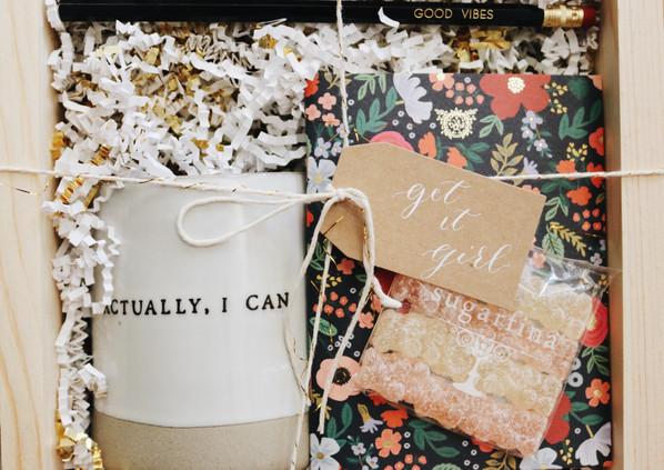 Custom client gift box mini