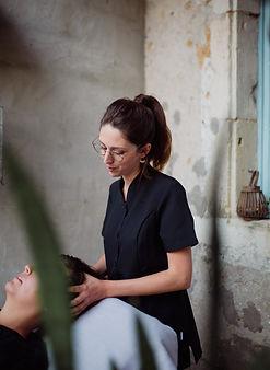 Céline masseuse pour L'Echelle de Soie