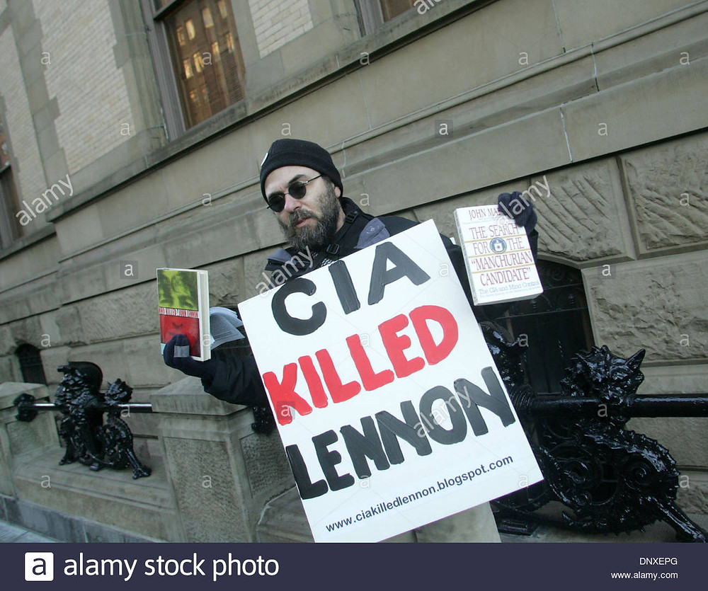dec-08-2005-new-york-ny-usa-a-view-man-wearing-sign-that-reads-cia-DNXEPG