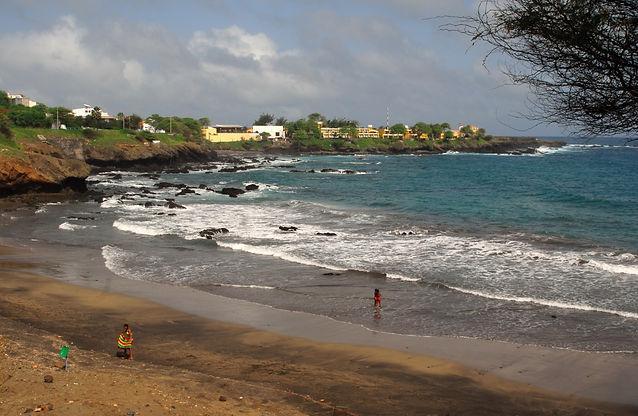 thumbnail_praia de Quebra Canelas.jpg