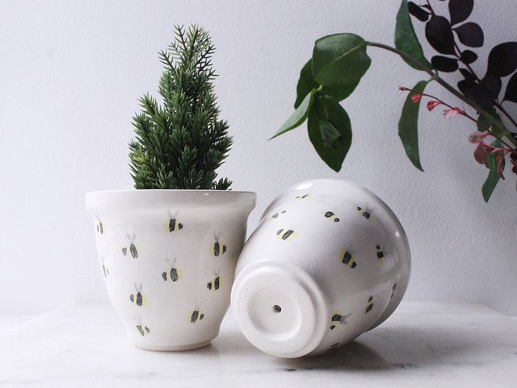 Bee Curved Plant Pot