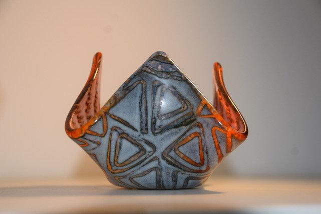 Triangle Drape Tea Light Holder