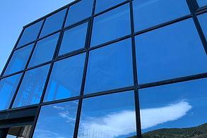 Olor de Net - Neteja de vidres amb aigua