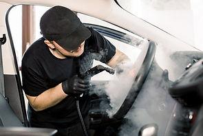 Olor de Net - Neteja de vehicles amb vapor.jpg
