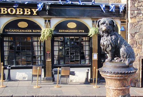 Statue of Greyfriars Bobby Edinburgh
