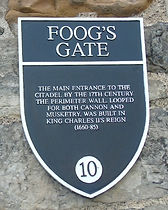 Foog's Gate Edinburgh Castle Plaque.JPG
