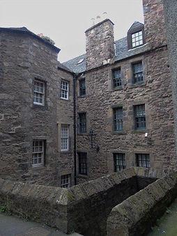 Semple's Court Castlehill Royal Mile Edi