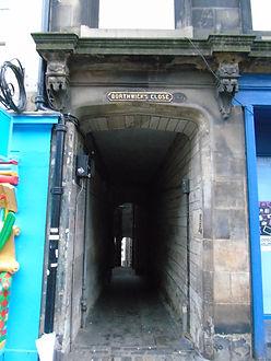 Borthwick's Close High Street. Royal Mil