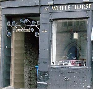 Gullan's Close Canongate Edinburgh
