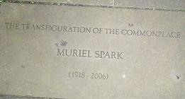 ROYAL MILE MAKARS' COURT MURIEL SPARK.jp
