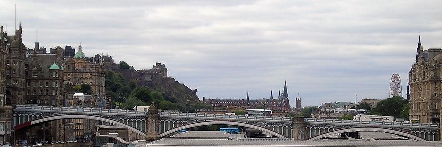 North Bridge Edinburgh linking the Royal Mile with the New Town Edinburgh