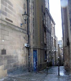 Anchor Close. Royal Mile High Street Edi