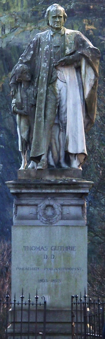 statue thomas guthrie princes street edinburgh