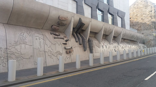 Scottish Parliament Wall Canongate edinb