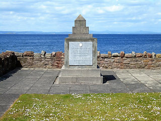 Burns Memorial Cairn Prestonpans East Lo