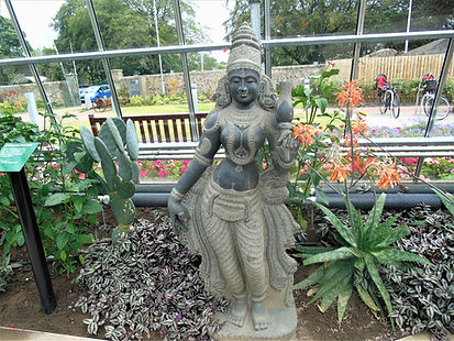 Universal Mother Statue Saughton Park.JP