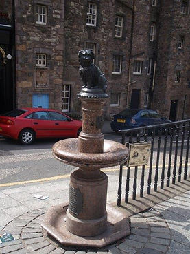 Greyfriars Bobby Statue Candlemaker's Row Edinburgh