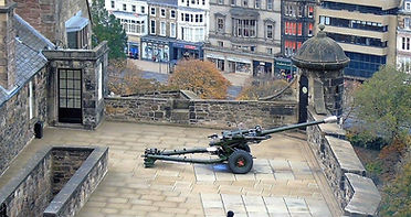 Mills Mount One O'clock Gun Edinburgh Castle
