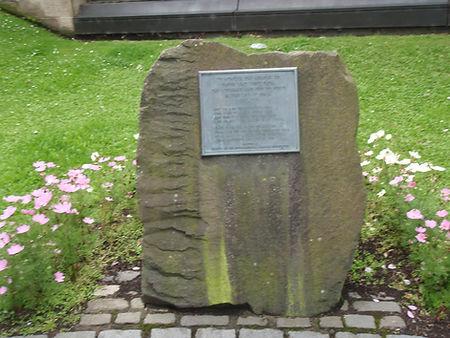 Spanish civil war memorial east princes Street Gardens Allaboutedinburgh Princes Street Edinburgh