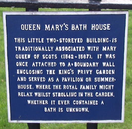 allaboutedinburgh royal mile abbey strand holyrood palace queen mary's bath house sign