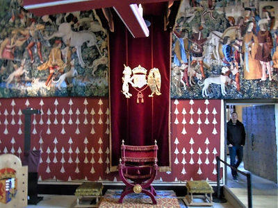 Queen's Inner Hall Queens Audience Chair