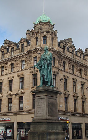 Statue of William Pitt the Younger in George Street Edinburgh