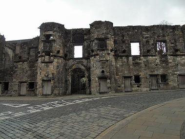 Earl of Mar's House Walls Stirling.JPG