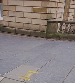 Lawnmarket Gallows Brass Setts Edinburgh