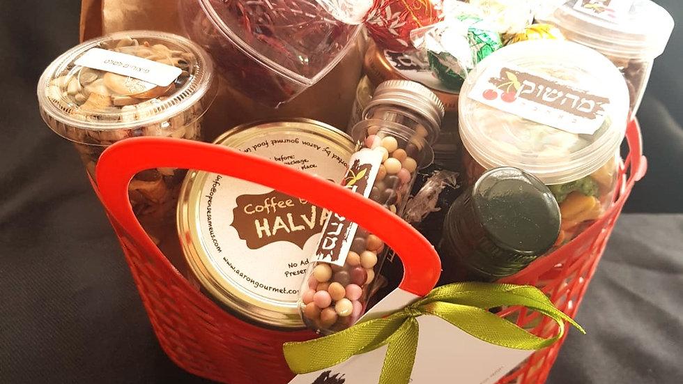 סל מהשוק באהבה - סל מוצרי בוטיק משוק מחנה יהודה